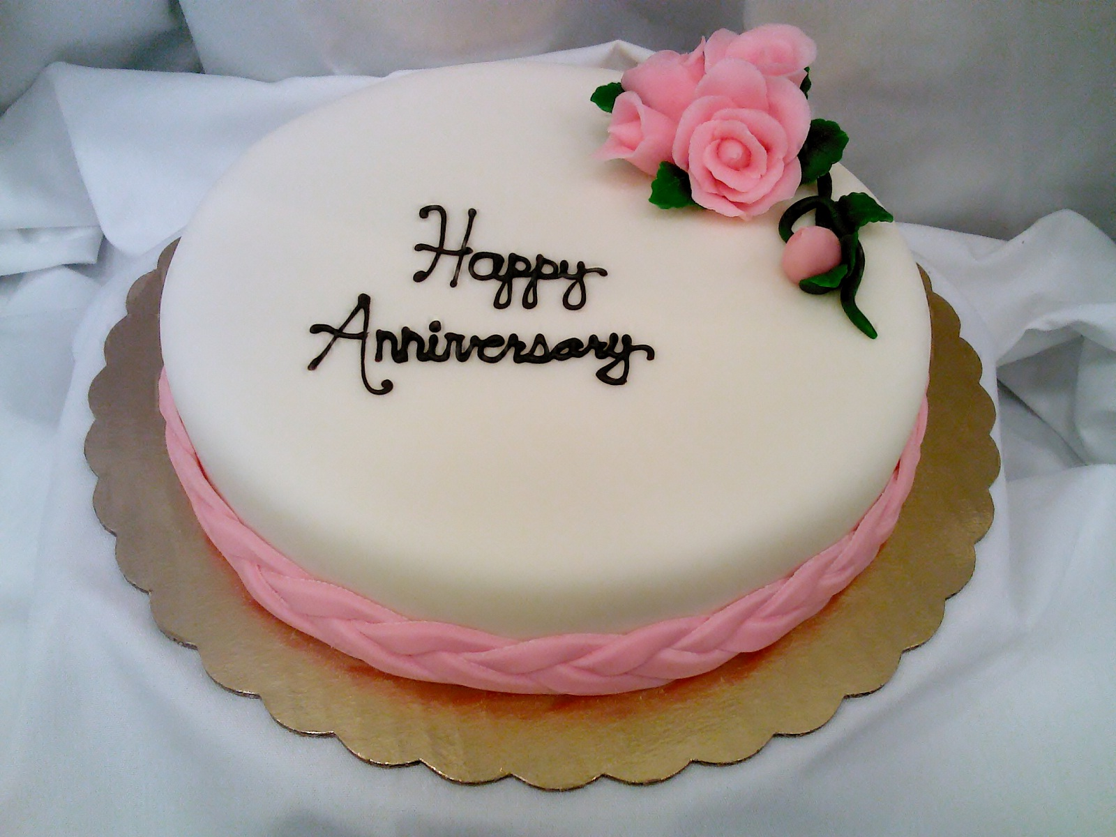 How To Get Anniversary Cakes From Anywhere In India Tell Me How